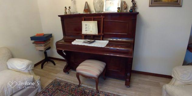 Pianoforte w.g.eavestaff e sons london