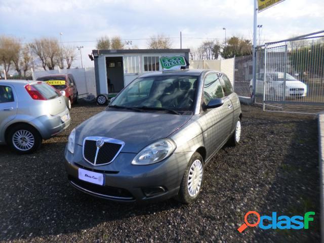 Lancia ypsilon diesel in vendita a barletta (barletta-andria-trani)