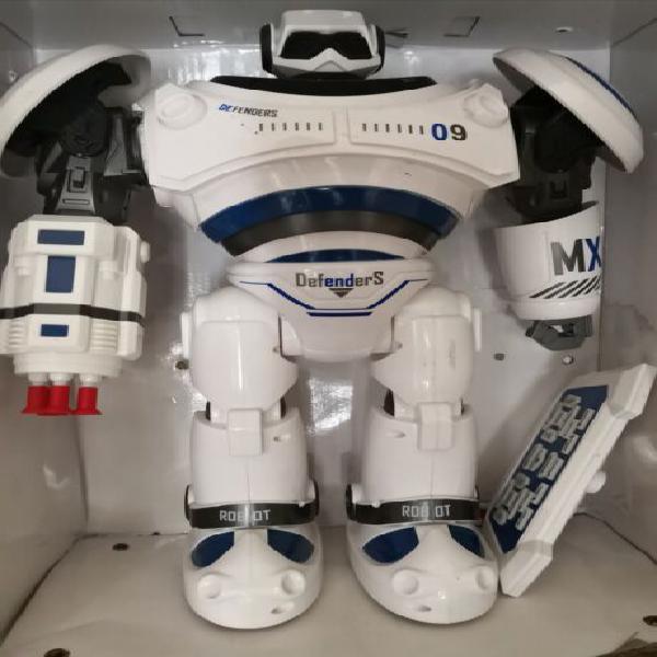 Robot telecomandato per bambino