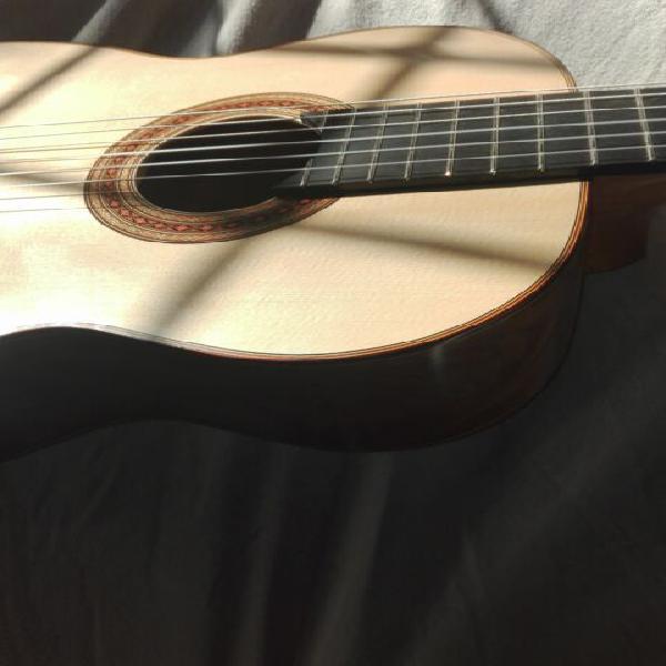 Chitarra classica di liuteria