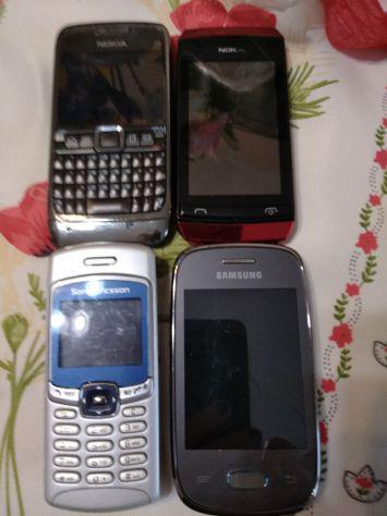 4 cellulari samsung due nokia e 1 sony ericsson