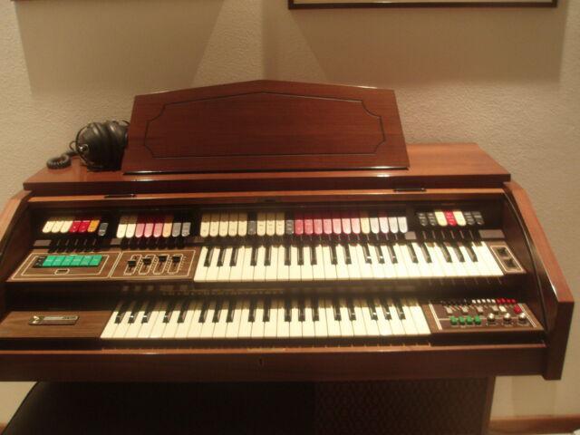 Organo elettrico vintage 1980
