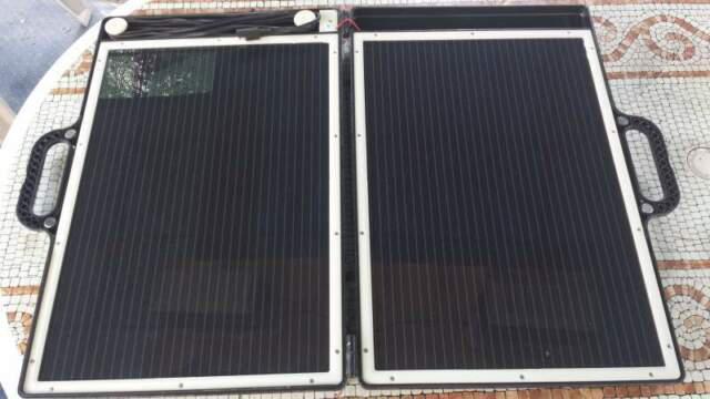 Pannello solare portatile valigetta camper nautica