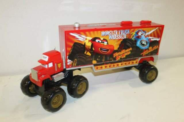 Giocattolo camion mack di cars monster truck wrassler