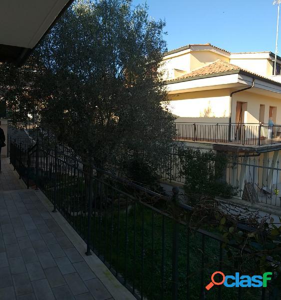 Guidonia montecelio - villino 3 locali € 0 a304