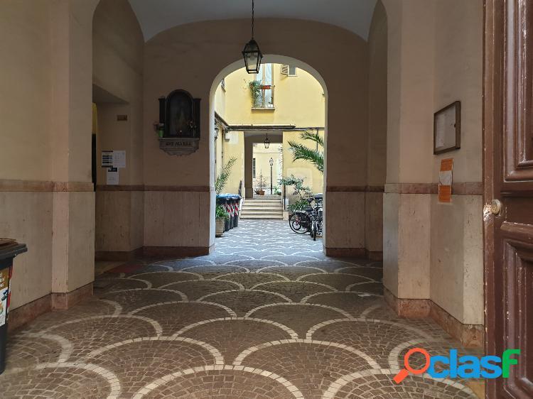 Centro storico - appartamento 3 locali € 230.000 t308