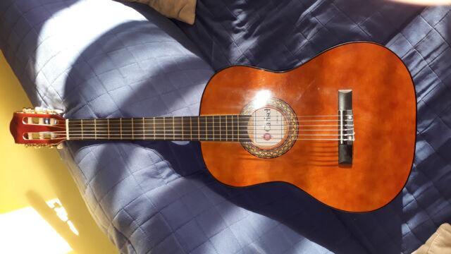 Nuovissima chitarra per ragazzi