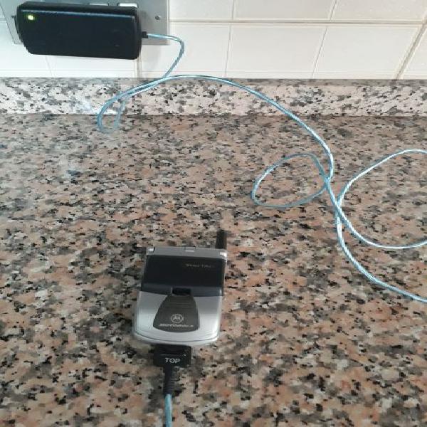 Motorola startac di color grigio + caricabatteria