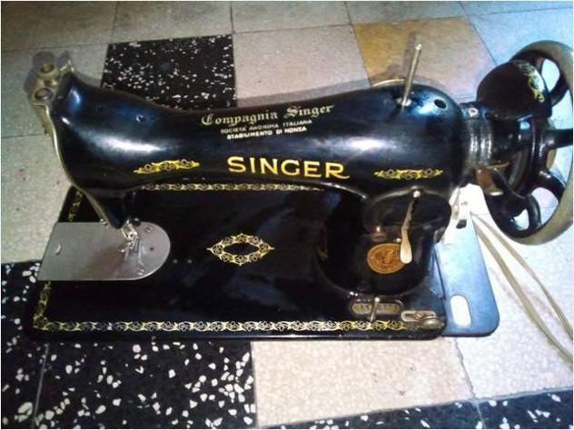 Singer macchina da cucire vintage vendo