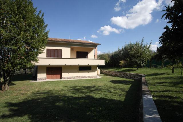 Villa con giardino casciana terme lari