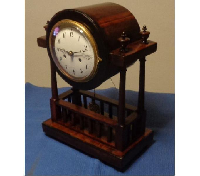 Antico orologio da tavolo o mensola a pendolo del'800