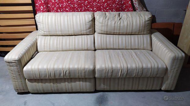Divano poltrone e sofà con sistema relax elettrico