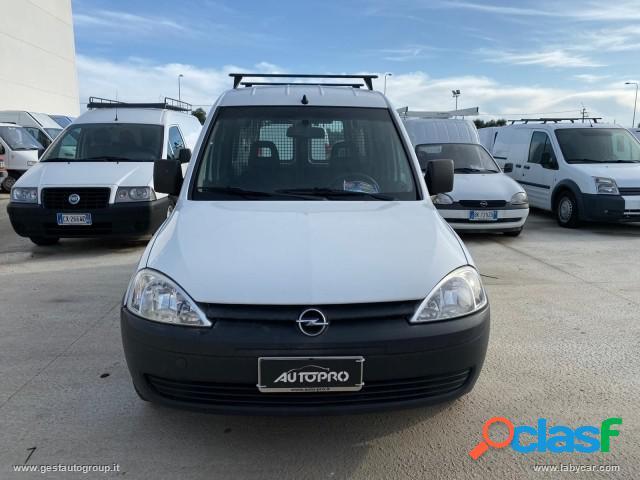Opel combo 1.6 ecom 4p. tour club in vendita a san michele salentino (brindisi)