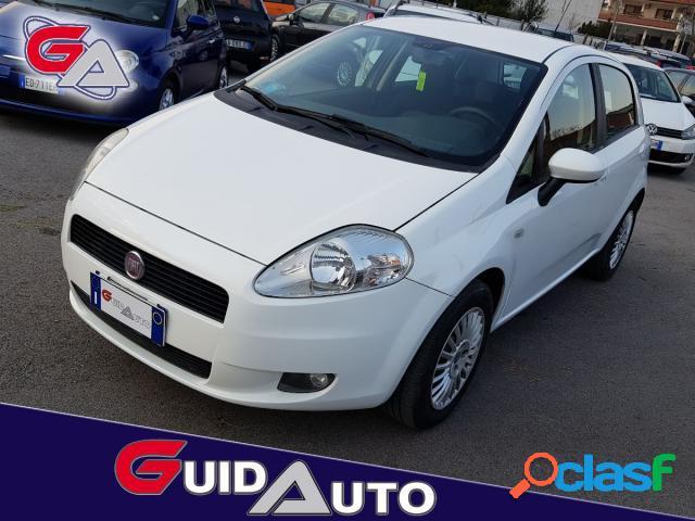 Fiat grande punto benzina in vendita a san giuseppe vesuviano (napoli)