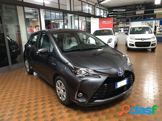Toyota yaris solo gpl in vendita a figino serenza (como)