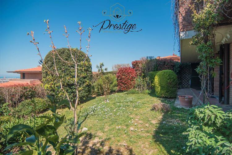 Villa bifamiliare con giardino, livorno montenero alto