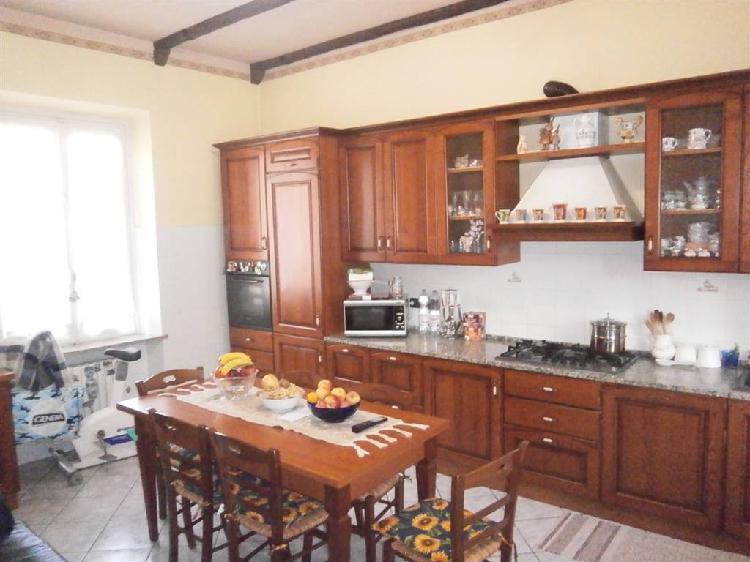 Casa indipendente con giardino a Mortara