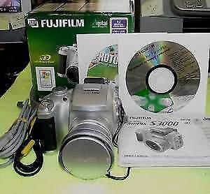 Fujifilm finepix. s3000. reflex