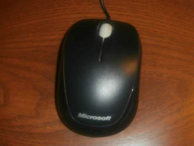 Mouse microsoft compact optical mouse 500 v 20