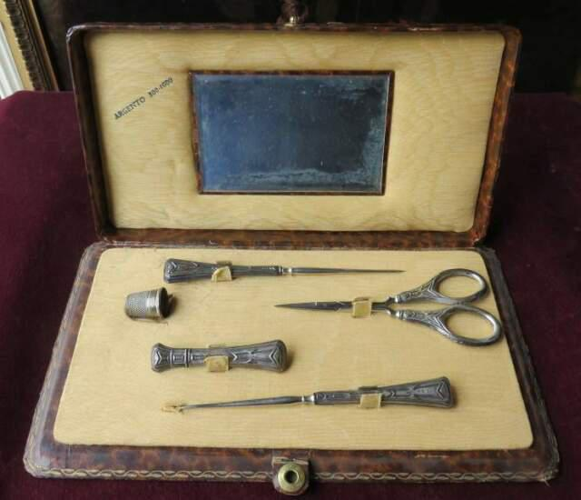 181203 un servizio da cucito in argento dei primi del