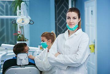 Socio/a per l'apertura di agenzia di servizi odontoiatrici
