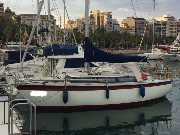 Barca a vela yacht dufour di 9 mt.