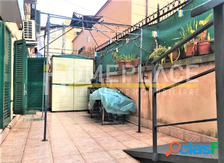Quadraro: ampio bilocale trasformabile con giardino