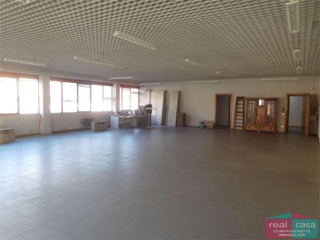 Ay246_m01g17 - spazi uso ufficio a modena in locazione