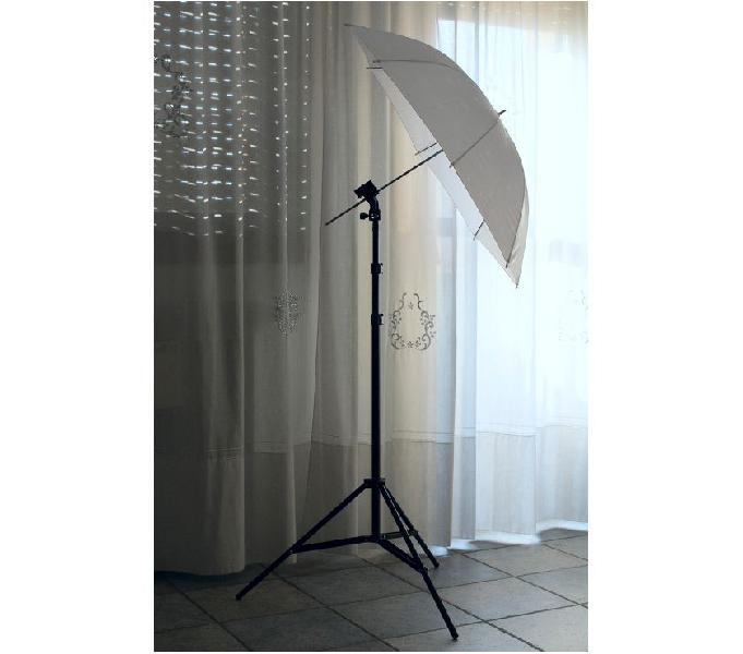 Kit illuminazione flash studio fotografico + pc portatile