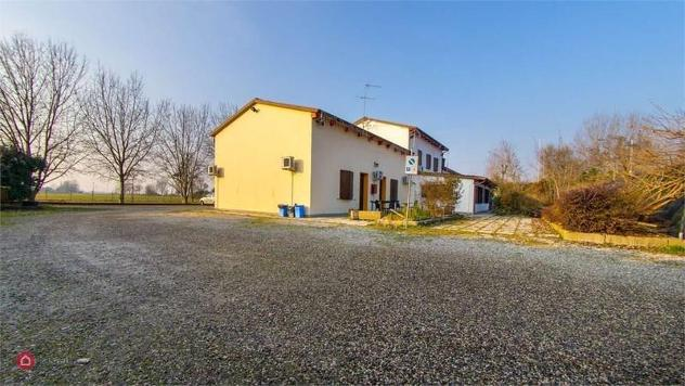 Azienda agricola in vendita a Novi di Modena
