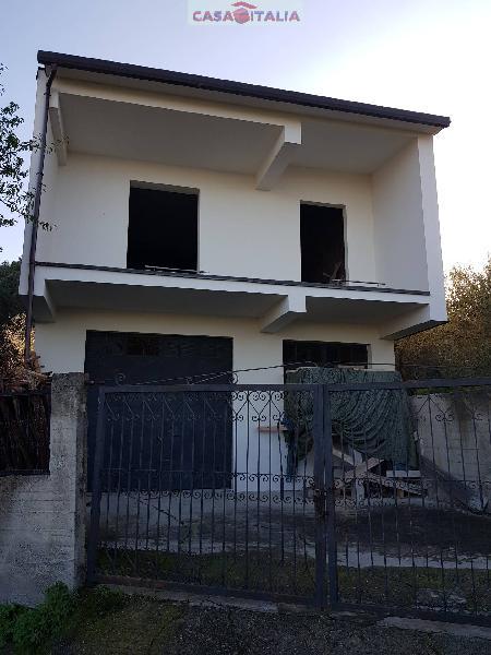 Casa indipendente in vendita a Rodì Milici