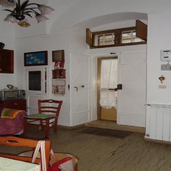 Casa indipendente vista mare in via de sanctisi, Ostuni