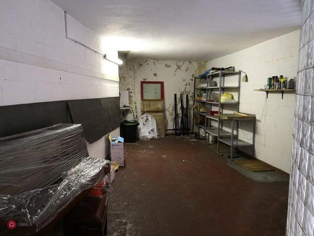 Garage/posto auto in vendita a genova