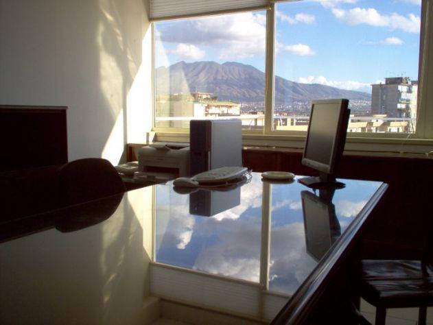 Ufficio arredato panoramico 69 a giornata