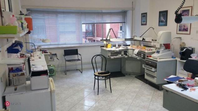 Ufficio in vendita a latina