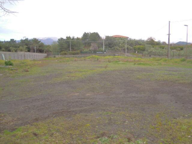 Panoramico terreno agricolo 2814 mq con 2 box ufficio