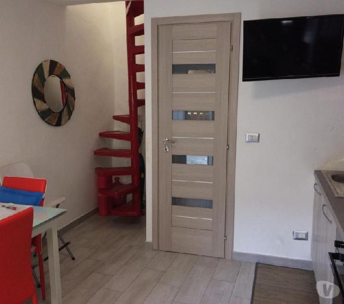 Porzione di casa indipendente, ristrutturata e arredata