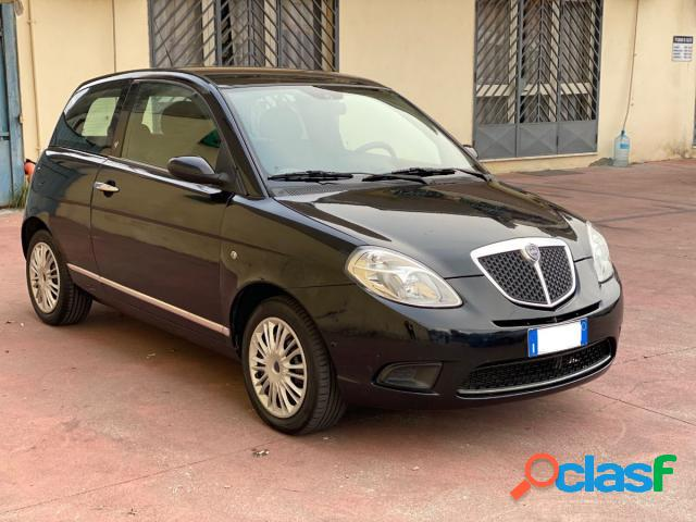 Lancia ypsilon diesel in vendita a pomigliano d'arco (napoli)