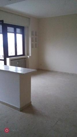 Appartamento in affitto a caronno pertusella