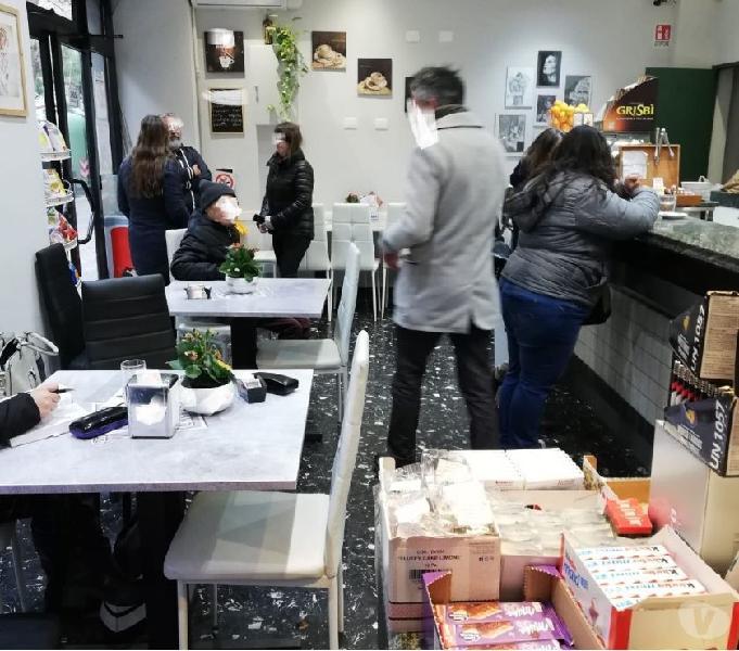Bar gastronomia fredda zona tuscolana cedo in vendita