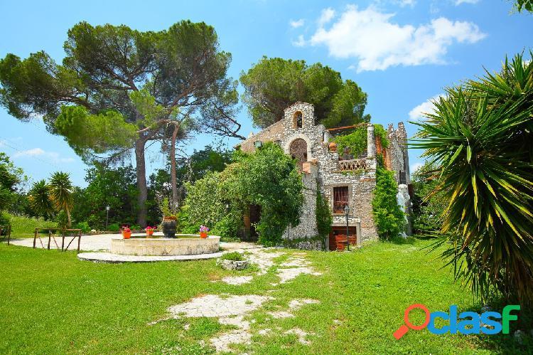 Guidonia montecelio - 9 locali � 950000 t925