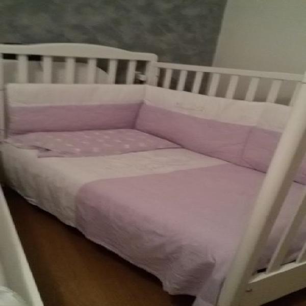Lettino, materasso, coprimaterasso, trapunta, cuscino e set