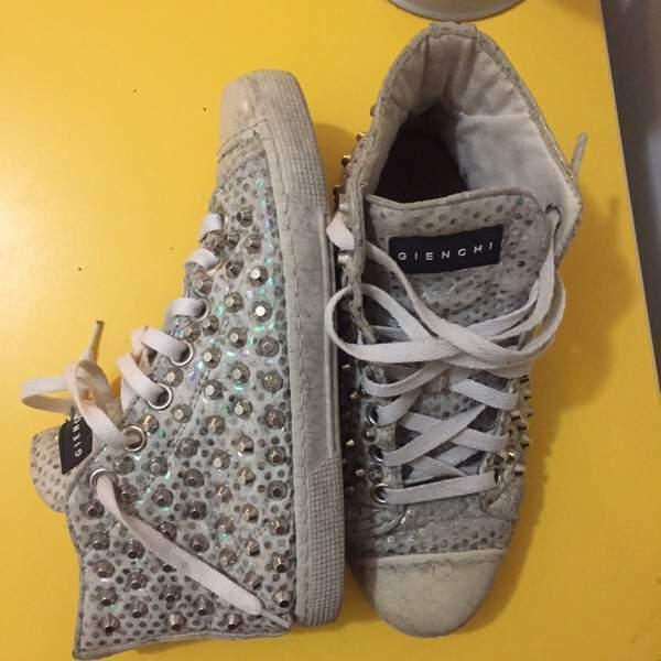 Scarpe sneakers gienchi