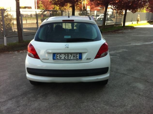 Peugeot 207 1.4 hdi 70cv fap 3p. xad van rif. 6388561