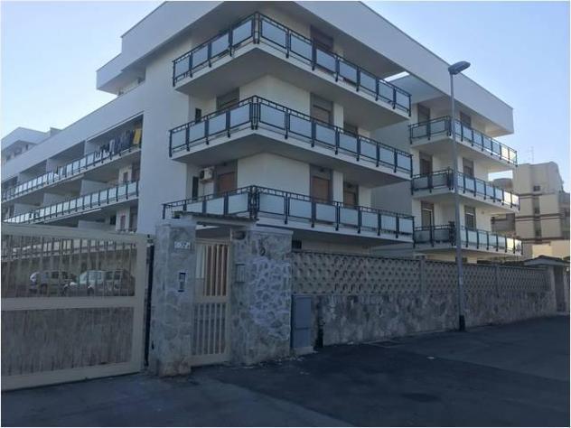 Privato in affitto appartamento s. spirito mq110
