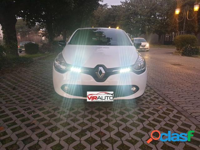 Renault clio diesel in vendita a aversa (caserta)