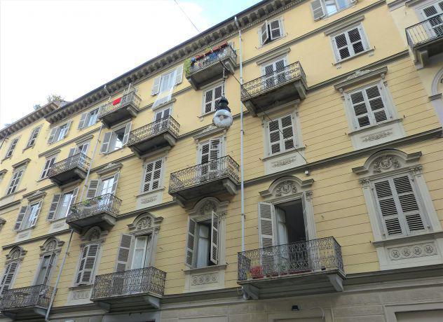 Affittasi appartamento ampia metratura ristrutturato