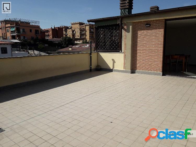 Massimina monolocale attico/mansarda € 550 a203