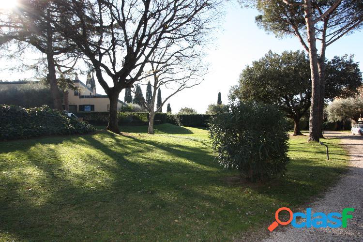 Appia antica - villino 2 locali € 650 a203