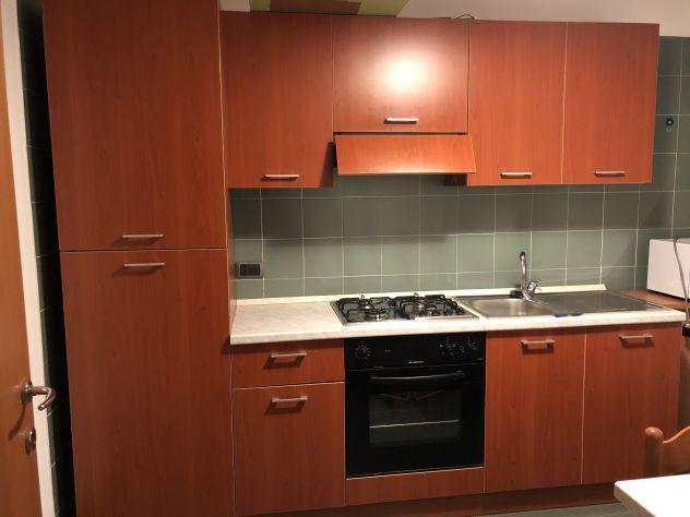 Cucina completa con frigo/forno/microonde